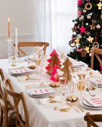 Decoración clásica para mesa de Navidad