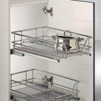 Organiza tus armarios de cocina con cestos extraíbles
