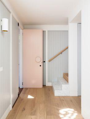 puerta-rosa-casa-sidney