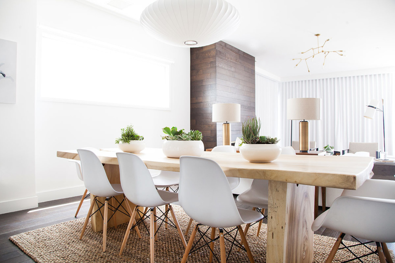 mesa-comedor-casa-playa-los angeles-Homepolish