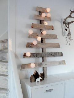 Árbol de Navidad con palés de madera