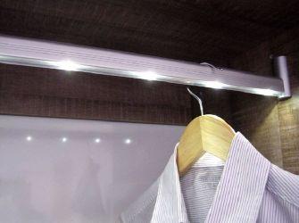 Barras luces LED Armario