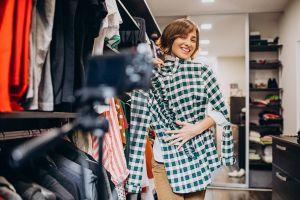 Aprovecha el cambio de armario para deshacerte de toda la ropa que no quieras