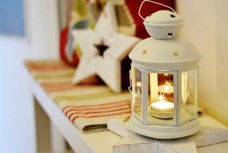 Velas como decoración navideña