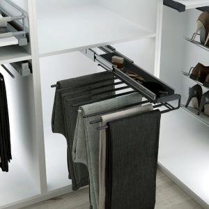 Pantalonero extraíble para instalar dentro de un armario vestidor