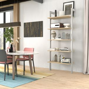 estantería gris y madera