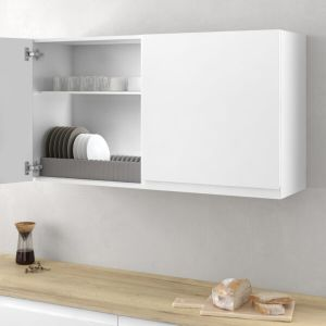 Armario de cocina con soporte para almacenar platos de forma ordenada en una cocina moderna