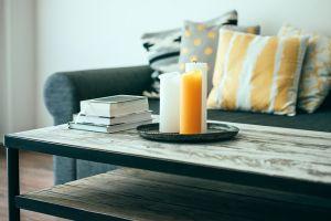 Decora tu salón con libros