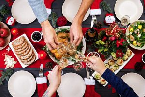 Cómo organizar la comida de Navidad sin estrés