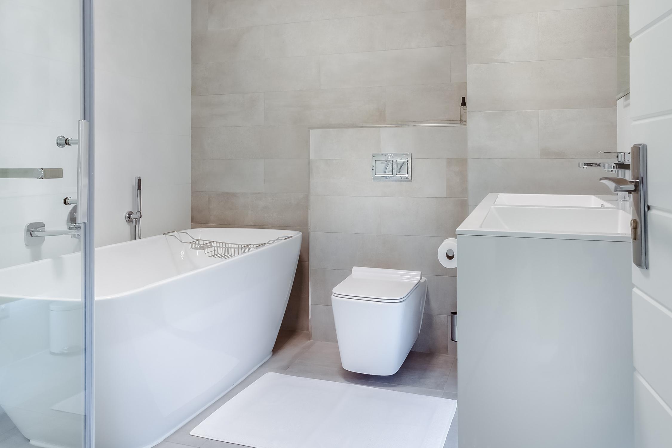 No reformes sólo el diseño de tu baño