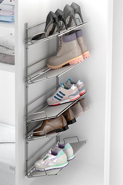 Aprovecha las paredes de tu habitación y coloca allí tu zapatero.