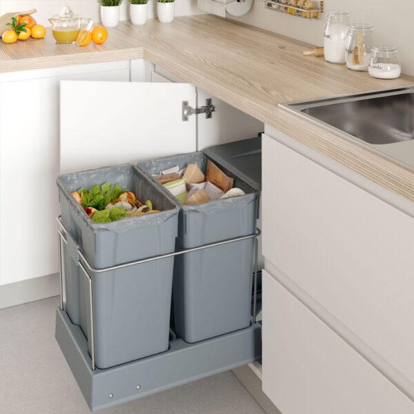 Cubo de basura de alta capacidady extraíble para reciclaje en cocina moderna