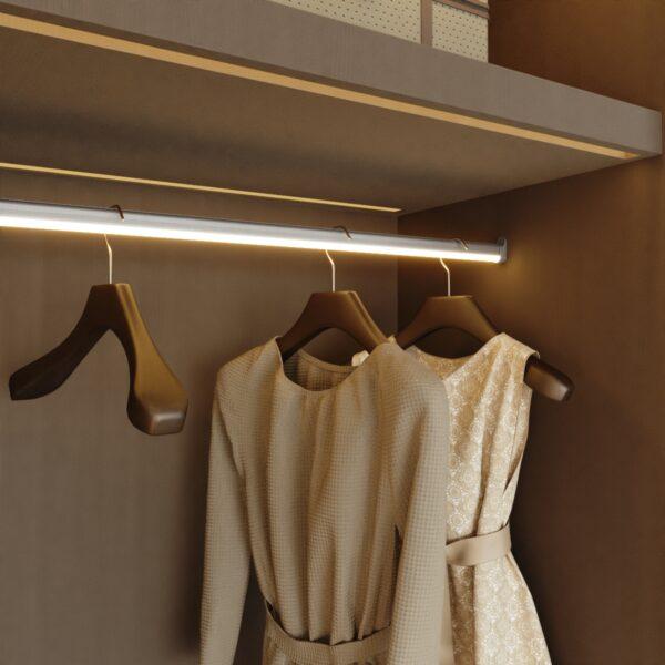 Barra de armario con luz LED Casaenorden